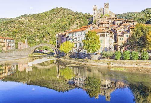 Dolceacqua, tra Ventimiglia e Bordighera,