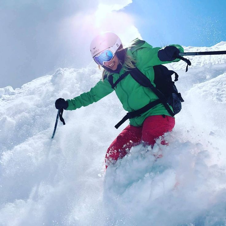 @karinharrer your sport activities motivate us to produce our goods. *** credit to @karinharrer #staywarm #winter #wintergloves #actionheat #coldweather #cold #winteriscoming #coldhands #fahrenheit #fahrenheitai #warmgloves #warmsocks #heatedgloves #heatedsocks #wintersports #gotomountains #mountains #mountainlovers #powdertothepeople #ice #ski #skiing #skating #climbing #playoutside #ice #freeski #health #wildspirit