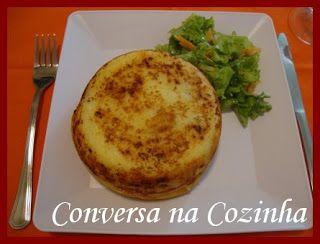 Conversa na Cozinha Batata recheada Eliane  Ingredientes: 1 kg de batata inglesa cozida em água e sal (não cozinhar para desmanchar, o suficiente para passar no espremedor e ficar mai...