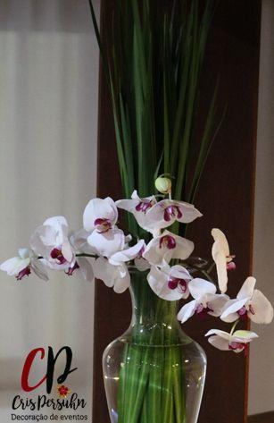 Arranjo para bar com orquídeas #casamento #noiva #bar #arranjo