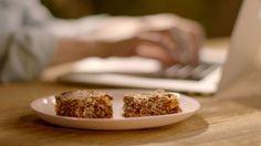 Barritas de desayuno 2.0 sin gluten (Breakfast bars) - Nigella Lawson - Receta - Canal Cocina
