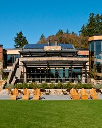 Oregon places to stay: The   Allison Inn & Spa