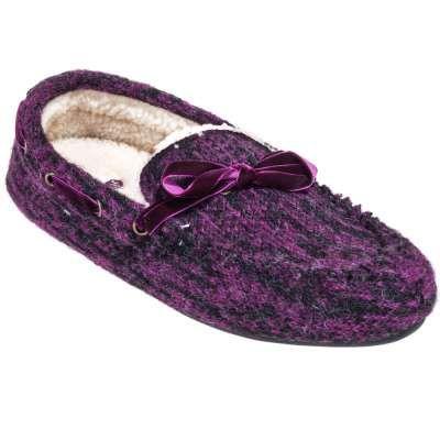 Acorn Slippers: Women's Dorm Moc Sangria 10075 SGA Slippers