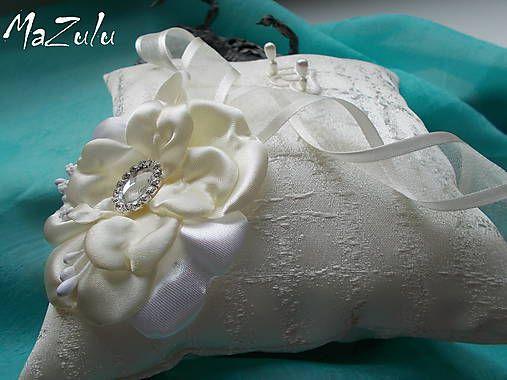 MaZulu / svadobný vankúšik v maslovom