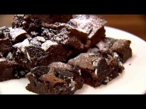 Lorraine Pascale/BAKING MADE EASY/Cookies and cream fudge brownies & Flapjacks