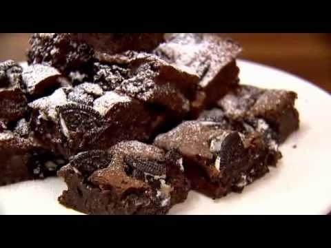 Lorraine Pascale/BAKING MADE EASY/Cookies and cream fudge brownies & Flapjacks