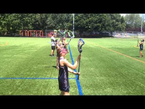 Girls Lacrosse: How to Catch and Throw for Beginners - YouTube