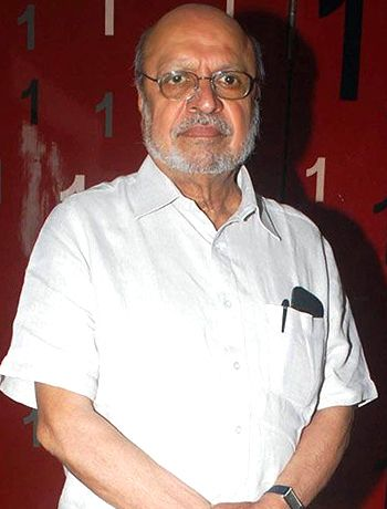 Shyam Benegal geared up to head Seventh Asia Pacific Screen Awards! - http://www.bolegaindia.com/gossips/Shyam_Benegal_geared_up_to_head_Seventh_Asia_Pacific_Screen_Awards-gid-35506-gc-6.html