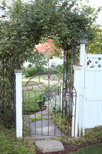 1000 images about wrought iron garden and fence gates on for Iron garden gate designs
