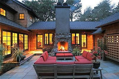 Love outdoor fireplaces!: Backyard Ideas, Outdoor Seats, Outdoor Rooms, Outdoor Living, Dreams House, Outdoor Fireplaces, Courtyards Patio, Outdoor Area, Outdoor Spaces