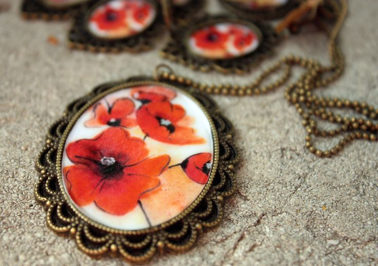 Coliere vintage sofisticate cu maci | Design de bijuterii handmade