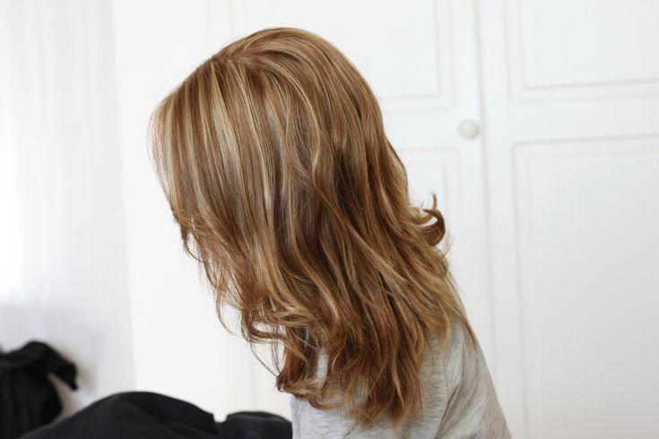 Kuvahaun tulos haulle vaaleanruskeat hiukset vaaleilla raidoilla