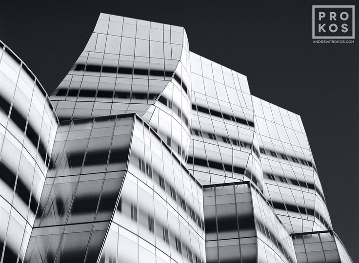 A view of the IAC Building by architect Frank Gehry, New York City. PHOTO ID: BWNYCIACDET