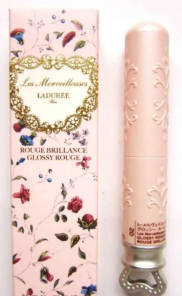 Les Merveilleuses De Laduree Matte Rouge in seven velvety shades is a highly pigmented lip colour with rich emollients to keep the lips moisturized and protected. It is a high-quality product with a unique packaging with intricate details. The filigree-style box features a heart-shaped handle. The packaging is inspired by the aristocratic style of the 18th Century France. #Les_Merveilleuses_De_Laduree #Les_Merveilleuses #De_Laduree  #lipstick #rouge #makeup