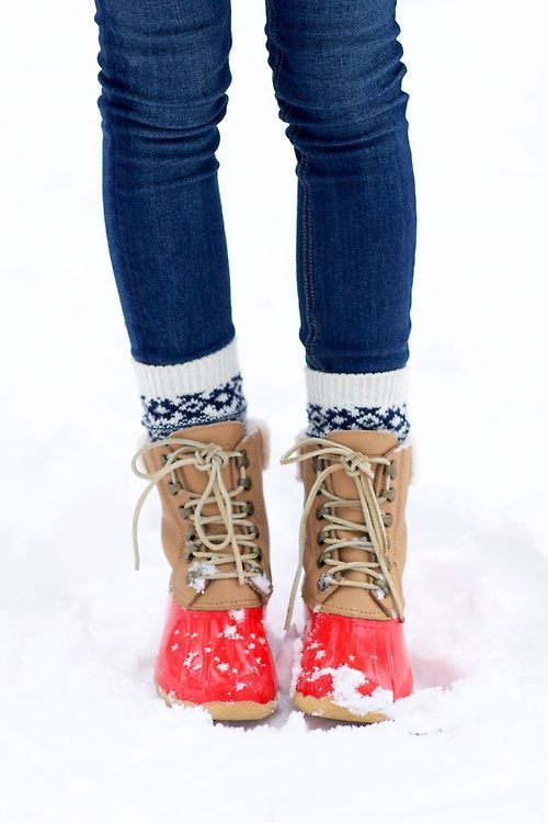 Sperry for J.Crew- Snow boots with a pop of red. Get yours: http://rstyle.me/n/ep2mu4ni6