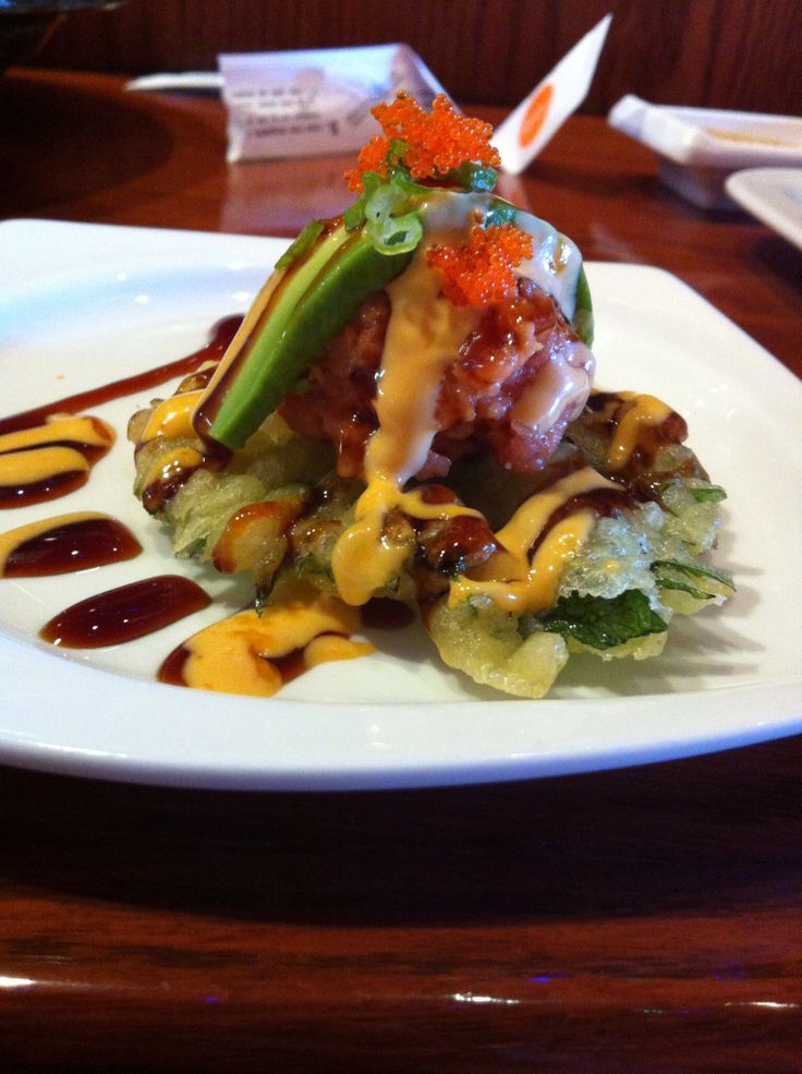 Spicy Tuna on a Tempura Shiso @ Yuri of Japan | Food for thought ...