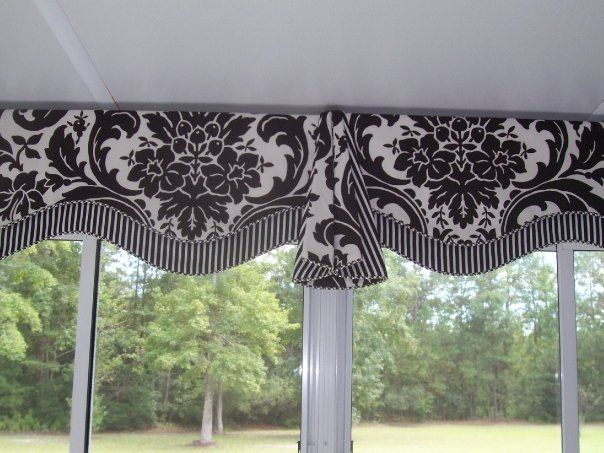 Black and white -- striped border gives it a clean edge
