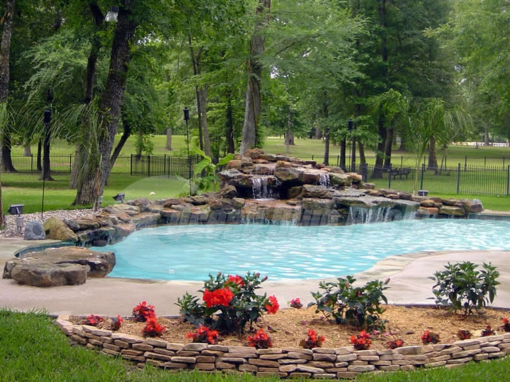 Best 25 pool construction ideas on pinterest swimming for Pool installation companies