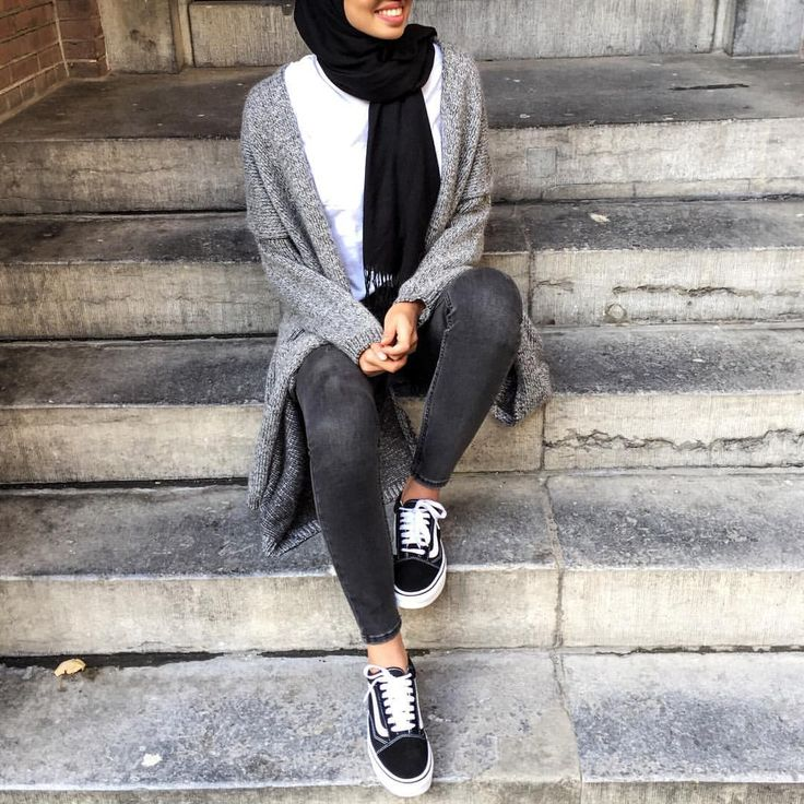 Pinterest: @eighthhorcruxx. Black jeans, white top, grey cardigan #hijab #hijabfashion #hijabstyle #hijabstreetstyle #modest #modestfashion #abaya #muslimah #muslim #style #ootd #outfitideas #outfitinspo #casual #eighthhorcruxx #bloggers