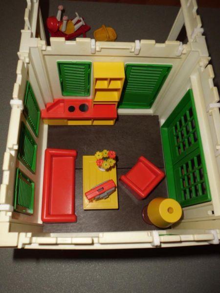 25 parasta ideaa pinterestiss playmobil ferienhaus for Playmobil haus schlafzimmer