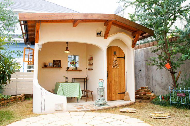 フィトライフのイタリア製漆喰塗りの庭小屋