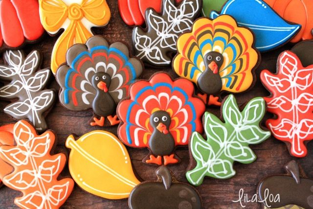 How to make decorated sugar cookies that look like turkeys!
