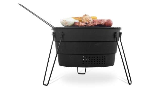 Collapsible Camping Stoves - The PopUpGrill by Fish Design Makes Al Fresco Cooking Convenient