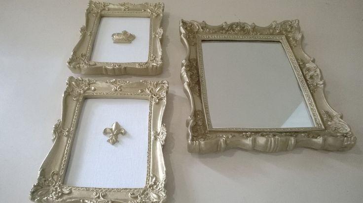 2 Quadros 20x15 <br>1 quadro 22x28 com espelho