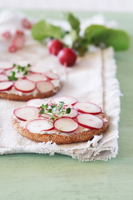 Radish sandwich with ricotta and thyme.