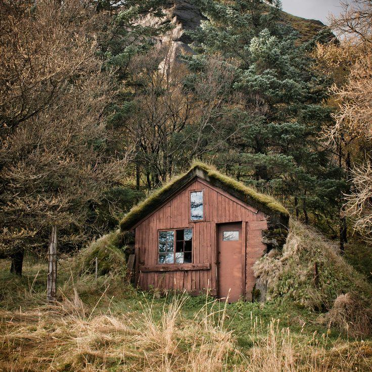 //Maite Jüriado, Tiny Cabin, Tiny House, Iceland, Dreams, Green Wall, Earth Home, Beautiful Places, Green Roof