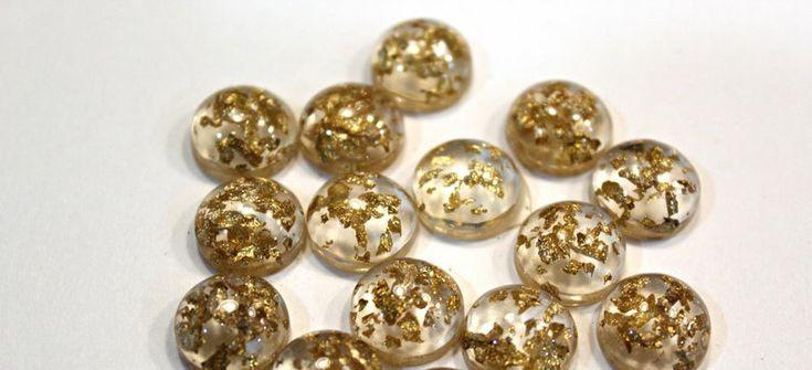 12mm Mixed Gold Flake Resin Cabochon