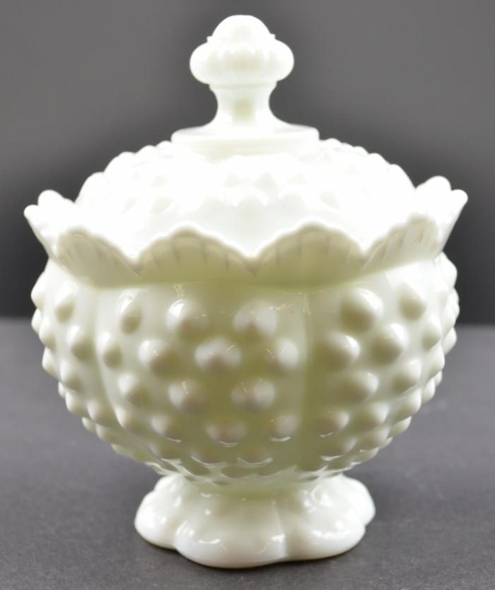 1000 Images About Milk Glass Dinnerware On Pinterest
