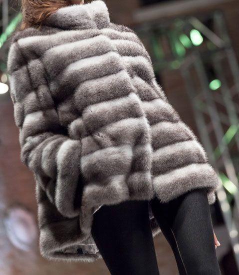 Fur banded light and dark
