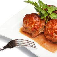 I just made these tonight and OMG they aren't even done simmering and they are fabulous! I used only beef, substituted beef stock and followed the rest of the directions!!!! (Jenn Wheeler)  Chef Rocco Dispirito's Mama's Meatballs