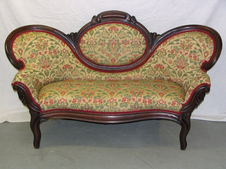 17 Best images about Victorian sofas on Pinterest Good  : 26a7debaedf033e4d0b17f6ad117126a from www.pinterest.com size 736 x 552 jpeg 168kB