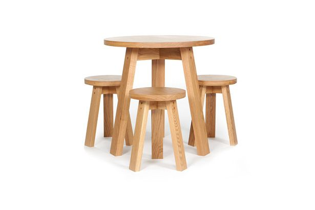 Tom Jerry table & chairs by Studio Pip