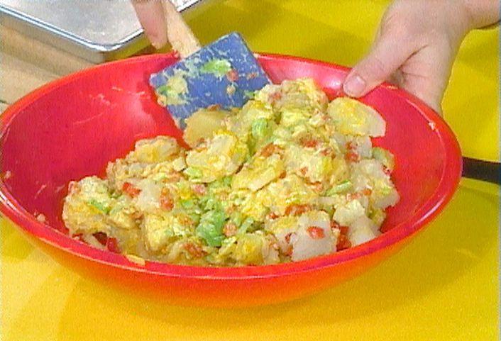 Yellow Mustard Potato Salad from FoodNetwork.comFood Network, Easy Recipe, Potatoes Salad Recipe, Salad Recipes, Potato Salad, Mustard Potatoes Salad, Rachel Ray Recipe, Yellow Mustard, Rachael Ray