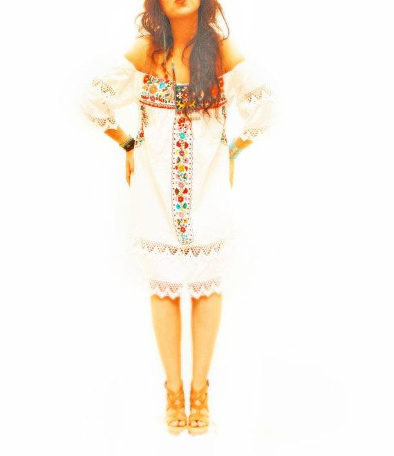 De San Antonino Vintage mexicaine brodé robe blanche bell long romantique manchon crochet boho broderie