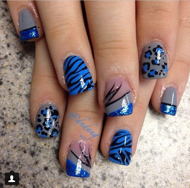 Cute blue acrylic nails