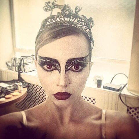 ber ideen zu black swan makeup auf pinterest theater make up und meerjunfrau make up. Black Bedroom Furniture Sets. Home Design Ideas