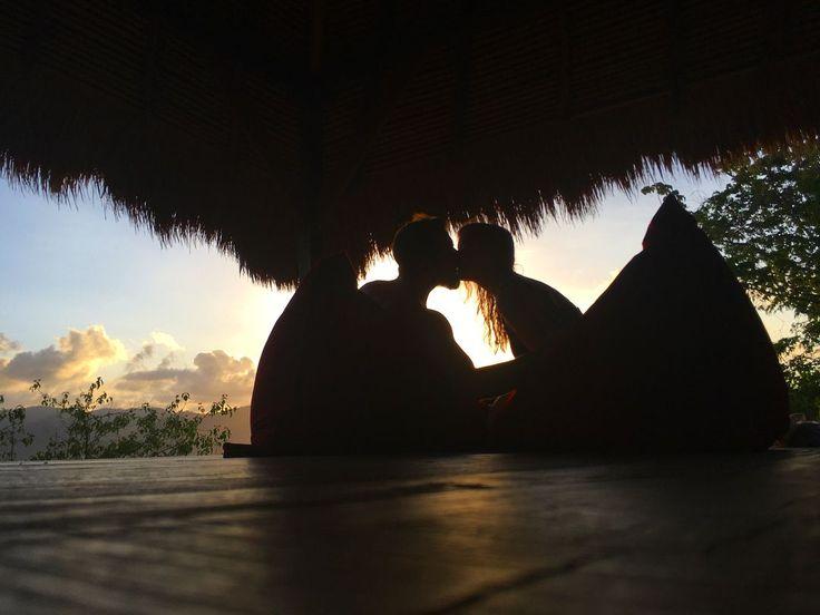 📷 @fraeulein.herzl #regram '❤️❤️❤️ #love #giliasahan #indonesia #sunset #indojunkie'  #paradise #lombokfriendly #gilibible #gililife #mylombok #gili #giliguide #wonderfullombok #secretgilis #lombokexperience #vacationmode #explorelombok #bestintravel #lonelyplanet #giliisland #couplegoals #holiday #holidayvibes #honeymoon #trip #vacation #holidaymoments #holidaymemories #secreteislands