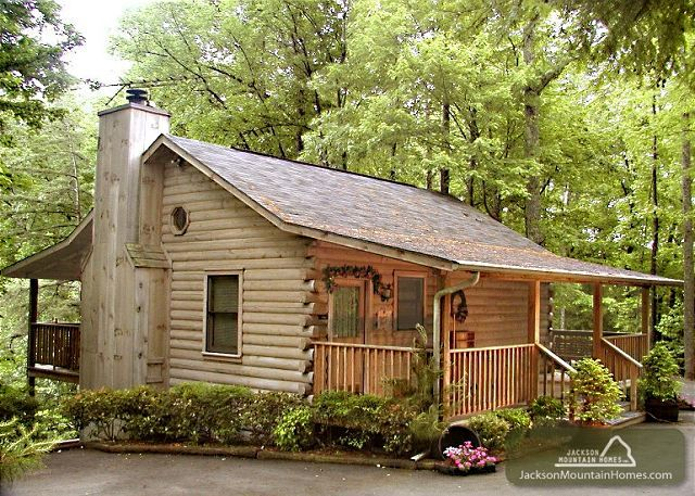1000 images about vacations on pinterest stables for Jackson cabins gatlinburg tenn
