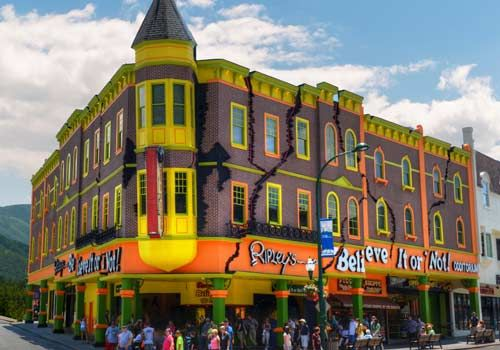 Buy tickets online to Ripley's Believe It or Not! museum in Gatlinburg. We have the best deals to all attractions in Gatlinburg and Pigeon Forge.