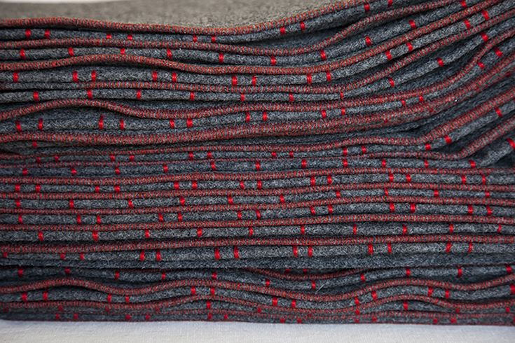 Elodie Blanchard Curtain - Grey felt accordion with red embroidery - detail photo