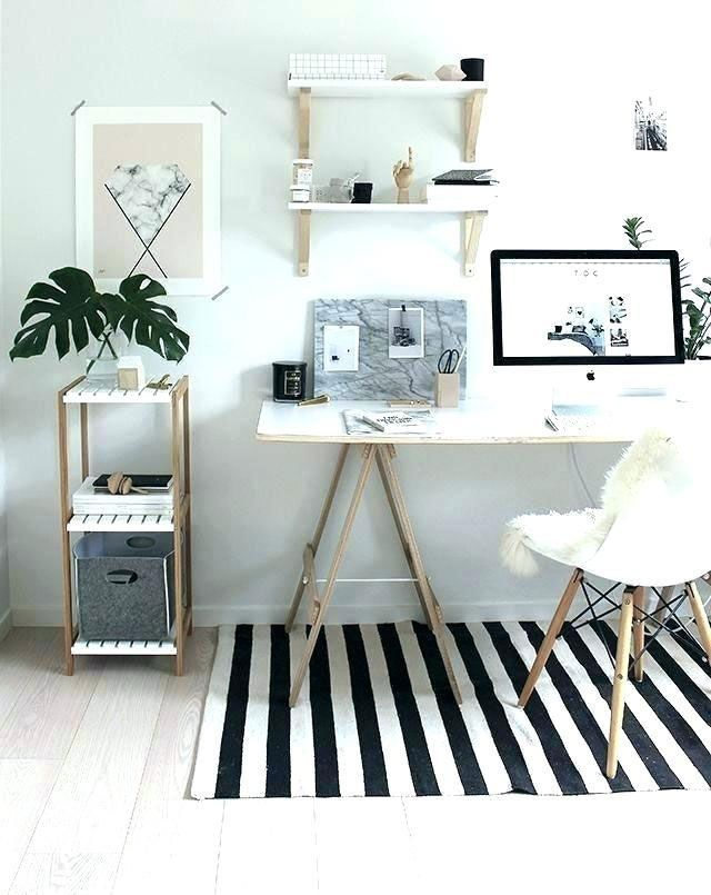 12 Charming Pinterest Office Decor Charming Decor Office Pinterest Smallofficeinterior In 2020 Modern Office Decor Home Office Decor Gold Office Decor