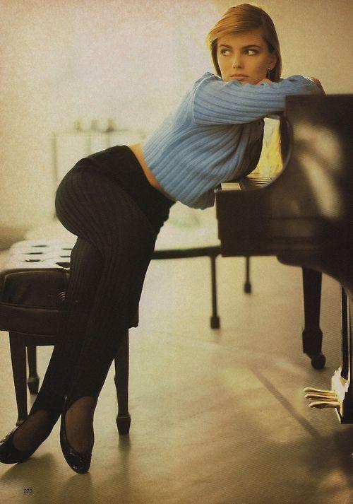 Paulina Porizkovaby Arthur Elgort, 1985.