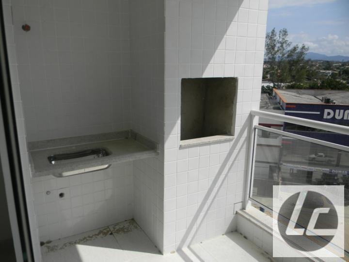 Apartamento para Venda, Araruama / RJ, bairro Centro, 1 dormitório, 1 banheiro, 2 garagens