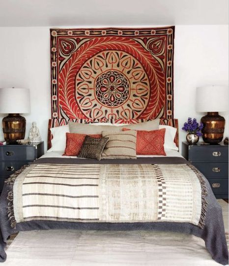 Suzani wall hanging in bedroom    Elle_decor_ellen_pompeo_bedroom