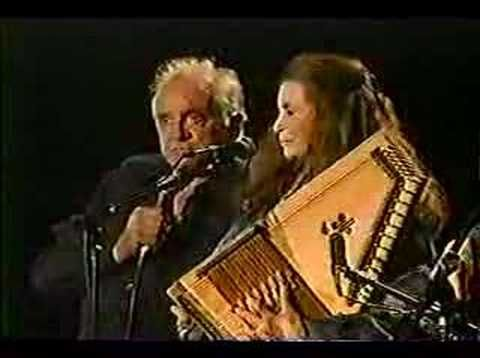 june carter cash and johnny cash part1-2002  This is their last performance together...what a beautiful love story!!!!