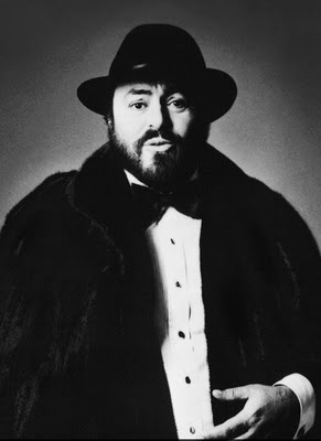 Luciano Pavorotti.  Greatest tenor ever.